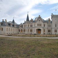 Paloták, kastélyok